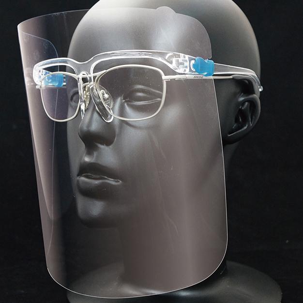 メガネの上から装着